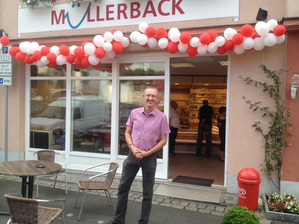 Im Ergebnis erfolgreich - Müller Bäck eröffnete am Flecken